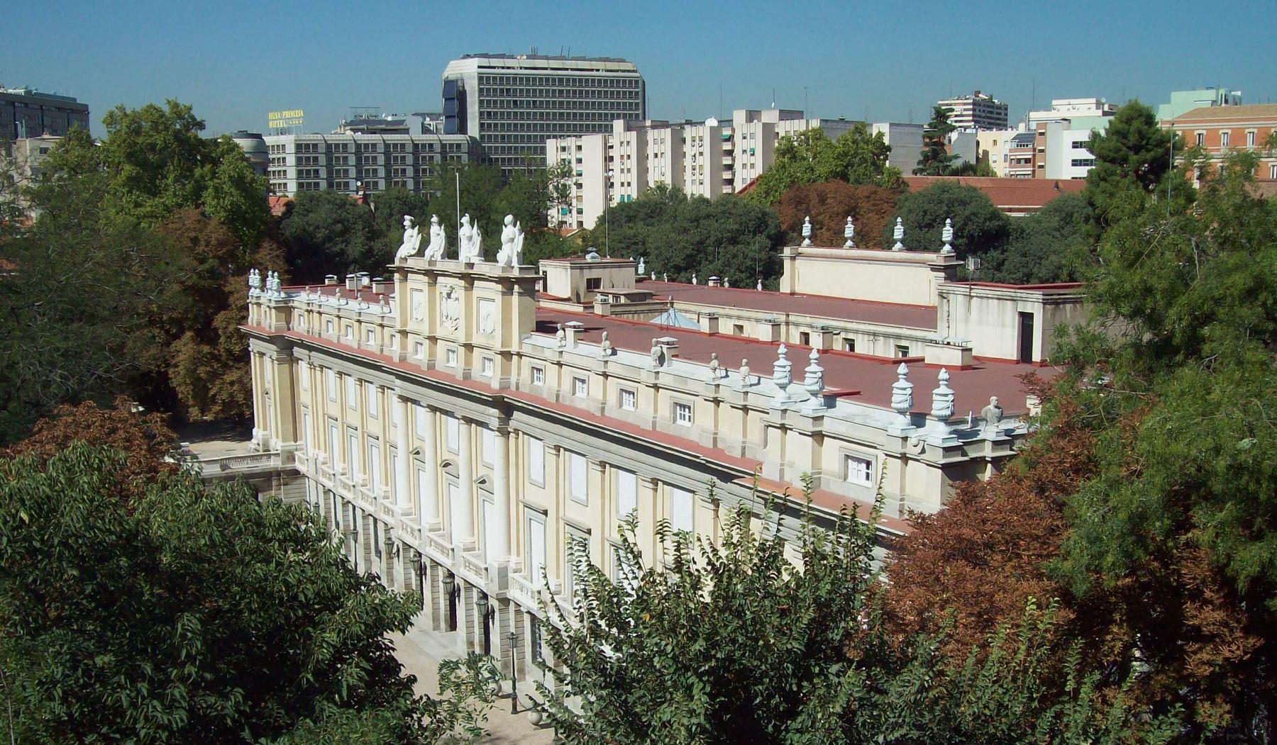 Los Hoteleros Madrileños Firman Un Acuerdo Con La Fundación Casa De Alba Para La Promoción Del Palacio De Liria