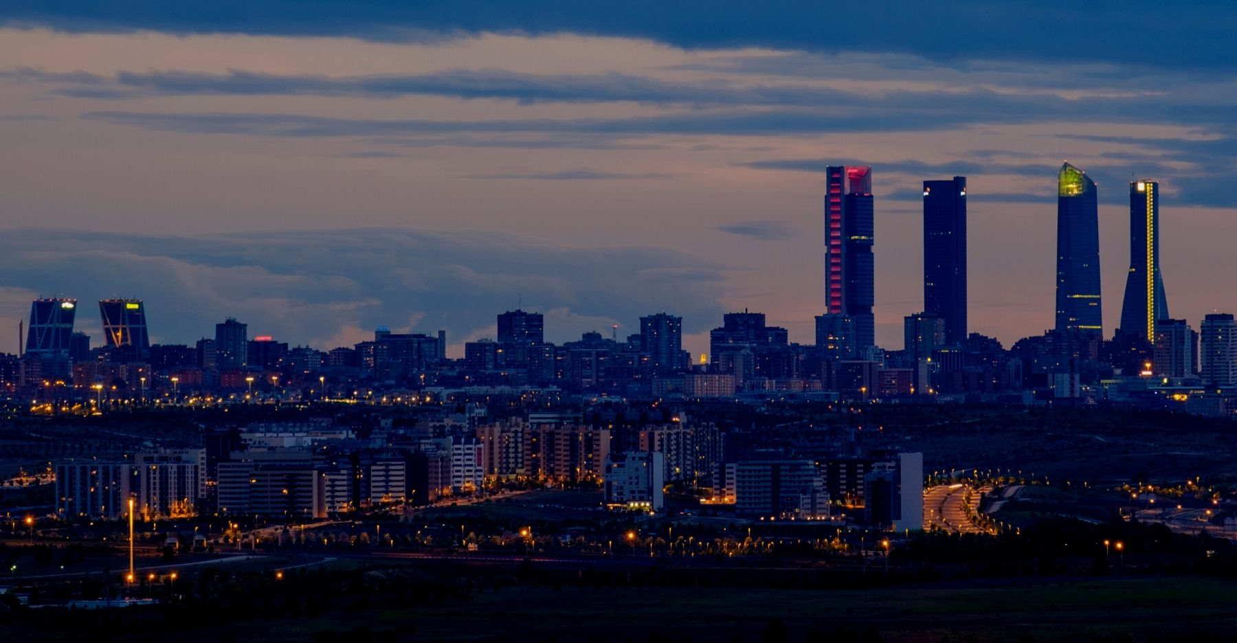 Los hoteleros madrileños advertimos a las administraciones que las medidas adoptadas para mitigar los efectos de la crisis son insuficientes y el sector corre peligro